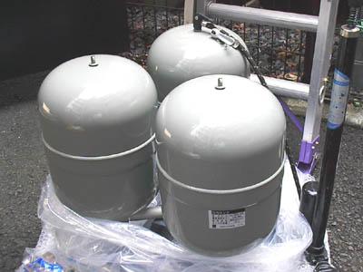 エバラ 圧力タンク 3連