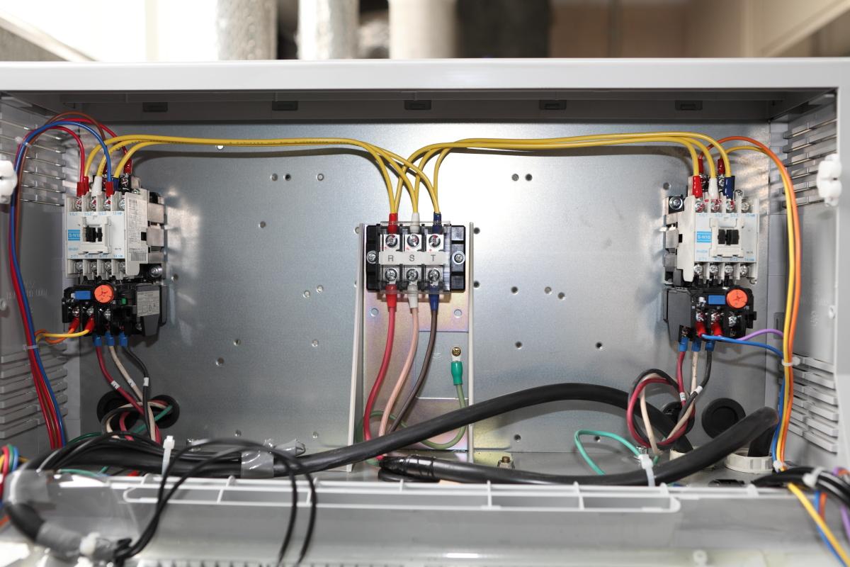 テラルNX-65PCL401-51.1 制御盤内