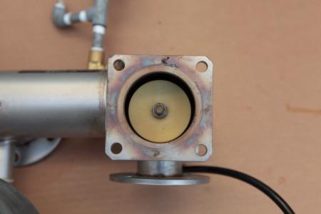 減圧弁箱 挿入状態