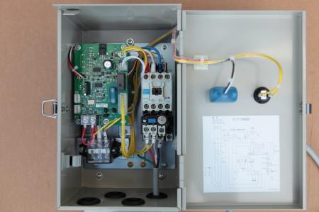 川本製作所 ECF5-B 標準制御盤 盤内